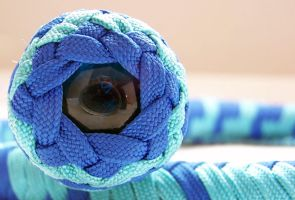 Blue and turquoise end knot by Squidfuchuan