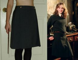 Hogwarts Skirt by Verdaera