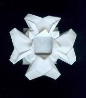Origami Cross: Medal Cross by blue-fusion