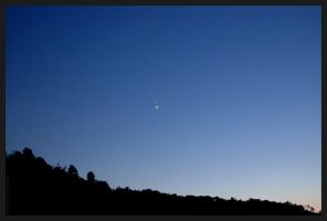 Venus-Jupiter conjunction by Loony-Lucy