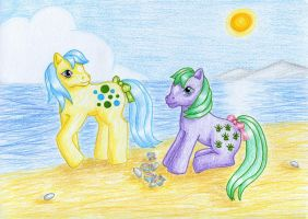 Bubbles and Seashell by NormaLeeInsane