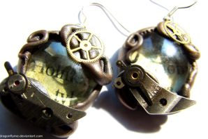 Steampunk earrings by dragonflyme