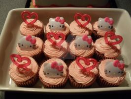 Hello Kitty cupcakes by AnyaZoe