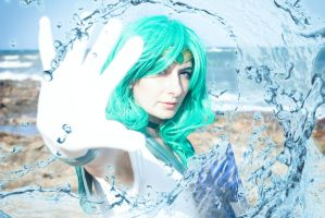Sailor Neptune - Deep submerge! by Aliceincosplayland
