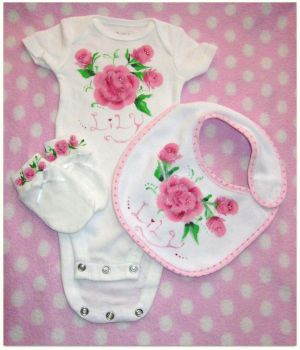 handpainted newborn set by neko-crafts