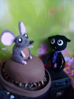 Mousie  and  batie by TiElGar