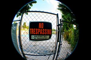 no trespassing by gwumpysmurf