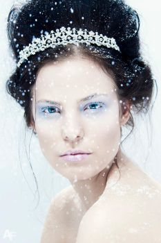 Ice Queen by Panter