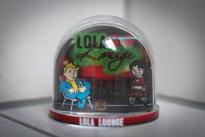 Fallout Snowglobe - Lola Lounge by iSeptem
