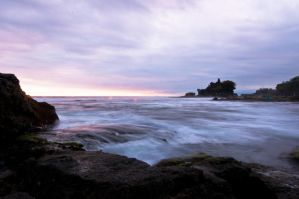 Tanah Lot by SantiBilly