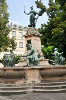 Lindau fountain sculptures 1 by wildplaces