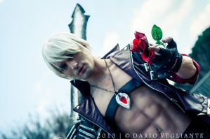 This Party's getting Crazy! - Dante DmC 3 Cosplay by LeonChiroCosplayArt