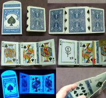 Playing Card Wallet by puzzlerf