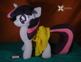 Twilight Sparkle plushie with movable head by Oblitor