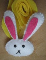 White bunny brooch by 402ShionS3