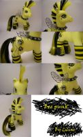 Bee Punk by customlpvalley