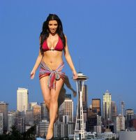 Kim Kardashian giantess by jjuenger