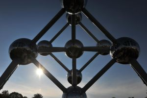 Atomium by K-a-n-e