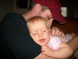 Ava with her daddy by Alianna013