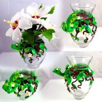 Dragon Flower Vase by LittleCLUUs