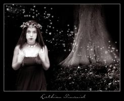 .Luthien Tinuviel. by poetically-pathetic