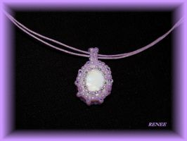 Violet pendant with shell by jasmin7