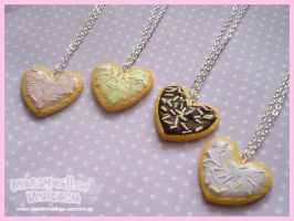 Pastel cookie heart necklace by Irudisu