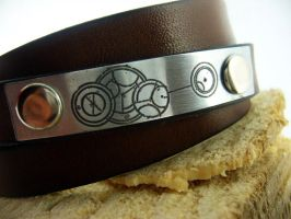 Doctor Who inspired leather bracelet by gumex