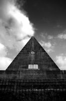 Stirling Star Pyramid II by Thornserpent