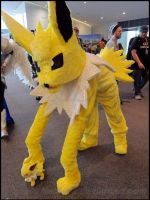 Jolteon- Avcon 2013 by NatSilva