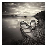 Boats, river, clouds... by anoxado