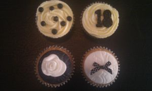 Black and White Cupcakes by SquishyPurpleCupcake
