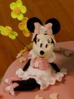 minnie cake (detail) by rosecake