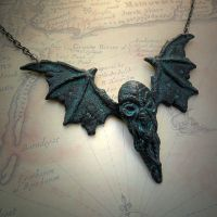 Cthulhu Fhtagn Necklace by CthulhuJewellery