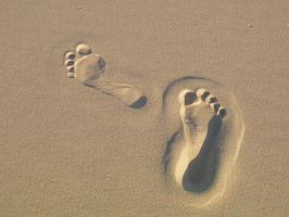foot prints by all-my-life-i-dream