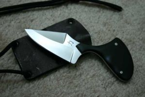 Neck Knife by Tigermano