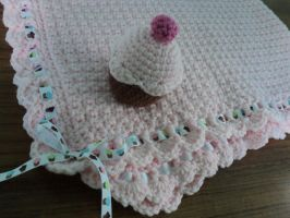 cupcake baby set by Brookette