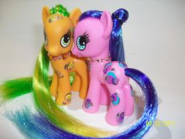 Tangerie and Strawbella by LuckyLittleClover