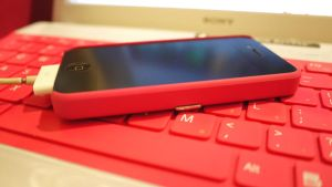 Hot Pink iPHONE by LV70