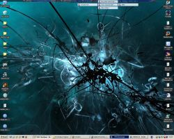 current desktop :O by Nickmeister