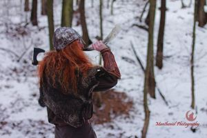 Calling all wolves...... by LucreciaMortishia
