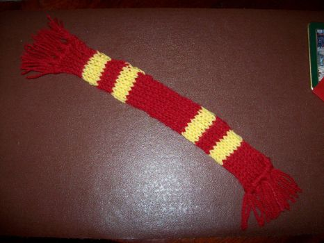 Harry Potter bookmark scarf 1 by supersmeg123