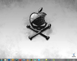 My clean desktop... by XaraaKay