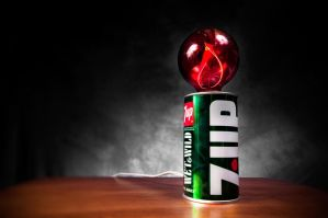 7-Up Can Flicker Lamp :) by theCrow65