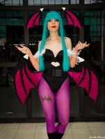 Lilice Cosplay Morrigan Aensland Darkstalkers 04 by JonathDer