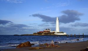St Mary's lighthouse V3 by AngiWallace