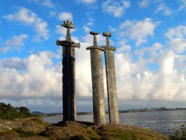 Sverd i Fjell 2 by seraphinwings