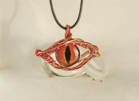 Wire wrapped 'Dragon Eye' Pendant necklace by Henri-1