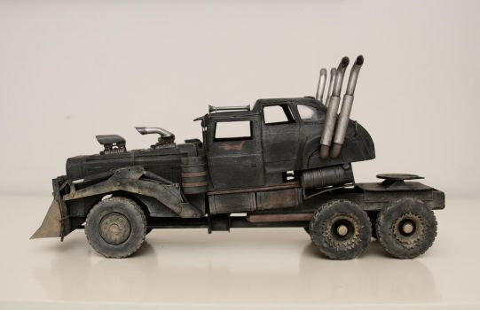 War Rig - Mad Max Fury road by benslvl70