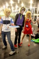 Otakuthon 2014 - Friends, Pose Together by Midnight-Dare-Angel